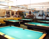 caferoyal_pooltable_200